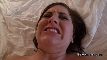 Amateur girlfriend trying anal sex pov in homemade sex tape