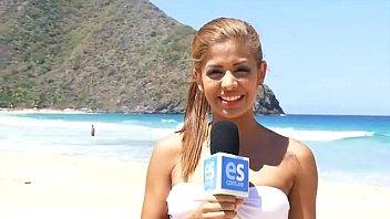 Oriana Fernandez, Deisy Gamboa y otras bellezas en la playa « VecinaBella.com
