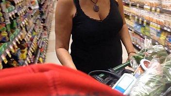 Milf cleavage