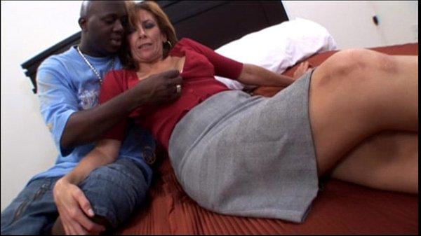 Amateur mature milf taking a big black cock in Interracial Video