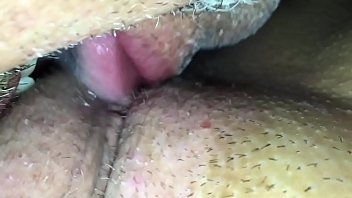 She can't stop squirting