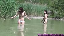Teen lesbos licking pussy