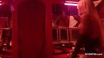Echte PeepShow in deutschem PornoKino vor vielen Typen 14 min