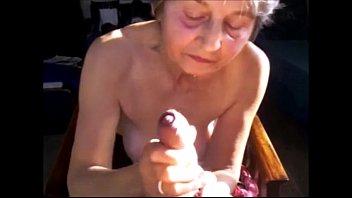 Cumming for grannies from EpikGranny.com