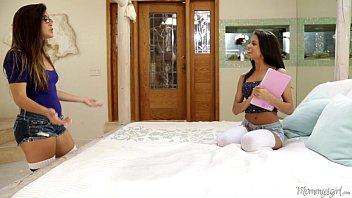 Mommy's Girl - Natalie Monroe, Veronica Rodriguez, Lisa Daniels