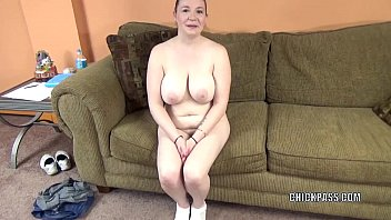 Busty housewife Sinful Skye is swallowing a stiff cock