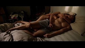 Aomi Muyock in Love (2015)
