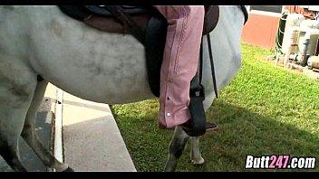 Rachel sits her horse ass on a horse
