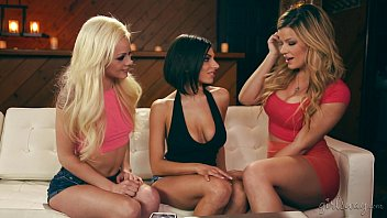 Adriana Sephora, Elsa Jean and Darcie Dolce Lesbian Fun