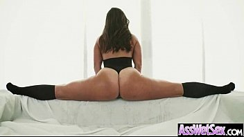 Sexy Girl (kelsi monroe) With Big Curvy Ass Get Oiled And Anal Nailed clip-18