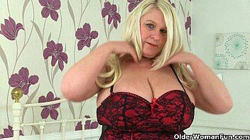 Big titted and British milf Sammy Sanders plays with dildo 12 min