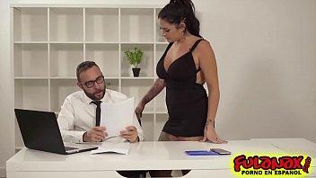 Raquel Adan del Reality al porno a su primer anal para Private