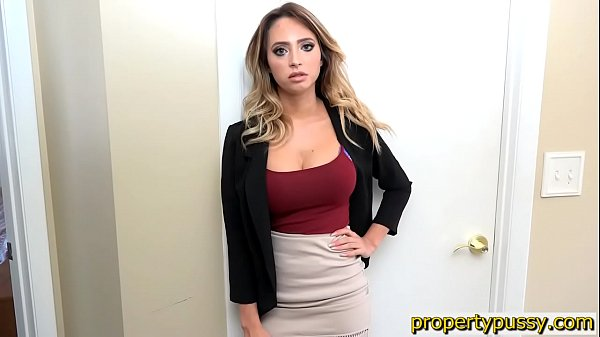 Huge boobs real estate agent fucks the house inspector