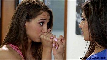 Gorgeous teen brunette Sara sucks sweet Leahs pussy nectar