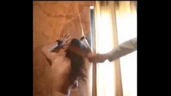 Sumisa adicta le gusta el castigo amarrada desnuda  - sado extremo