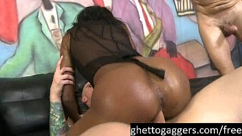Summer Knight Gets Her Ghetto Holes Pounded