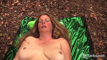 BBW Jade Cumming In The Wild 18 min