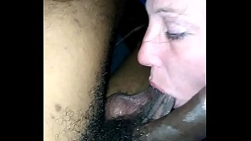 she put my dick all in her mouth 4 min