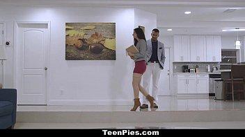 TeenPies - Hot Realtor (Alexis Dean) Creampied