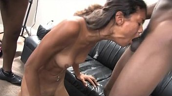 Black Whore Double Gagging On A Pair Of Big Dank Dinks