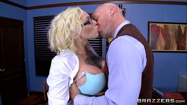 Brazzers - Harlow Harrison - Big Tits At School