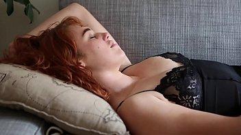 Yanks Redhead Molly Broad Masturbates