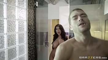 Brazzers - August Taylor Free Beach --- FULL video at camstripclubs.com