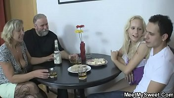 His parents and girlfriend get it on 6 min