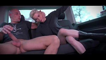 Mea Melone & Wendy Moon run the party in driving van full of fucking people