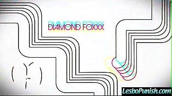 Punish Sex On Cam Between Lesbo Girls (Diamond Foxxx & Bobbi Dylan) clip-05