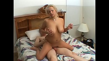 Young lady pick up at the shop an gets fucked for money