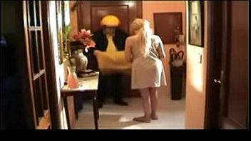 Cheating Wife Wants the Package of the Mailman on her Pussy