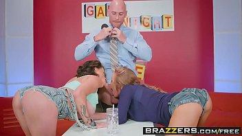 Brazzers - Pornstars Like it Big - Game Night Shenanigans scene starring Nicole Aniston Peta Jensen