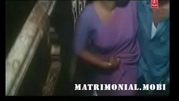 Mallu Aunty seduces servant boy