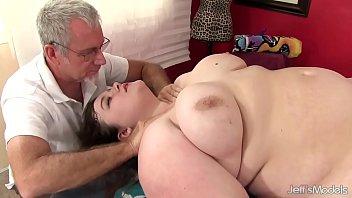 Hot fatty Sapphire Rose gets a sex massage