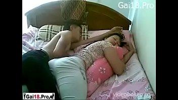 Phim sex cặp đôi tranh thủ giờ nghỉ trưa - FULL: VLXXX.CLUB
