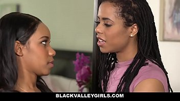 BlackValleyGirls- Hot Ebony Bffs (Jenna Foxx) (Kira Noir) Scissor & Fuck