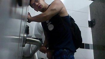 Toilet 28