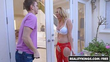 RealityKings - Milf Hunter - Janna Hicks Marcus - Neighboring Milf