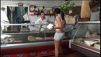 Dentro Lo Scandalo (Full porn movie)