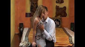 La Cacciatrice Di Taglie (Full porn movie)