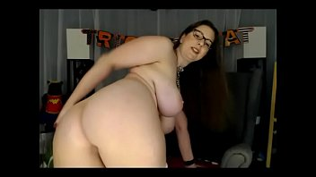 Super delicious fluffy babe nude on cam