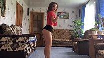 18 year girl twerking 34 sec