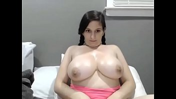 Arab girl showing amazing big boobs xxx cam