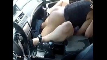 Indian guy Fucking my GF in the car