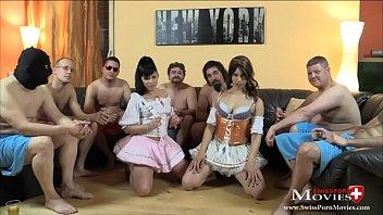 7 Schwänze für perverses Dirndl-Duo - SPM AmandaCarmela TR134