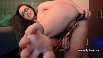 Brilliant nerd Amber Lily decides to get orgasm with dildos