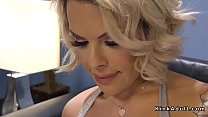 Blonde tranny anal fucks delivery guy