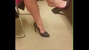 Cams4free.net - Girlfriend's Shoeplay in Heels