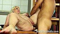xx5 Old Slut Likes to Ride y. Cock
